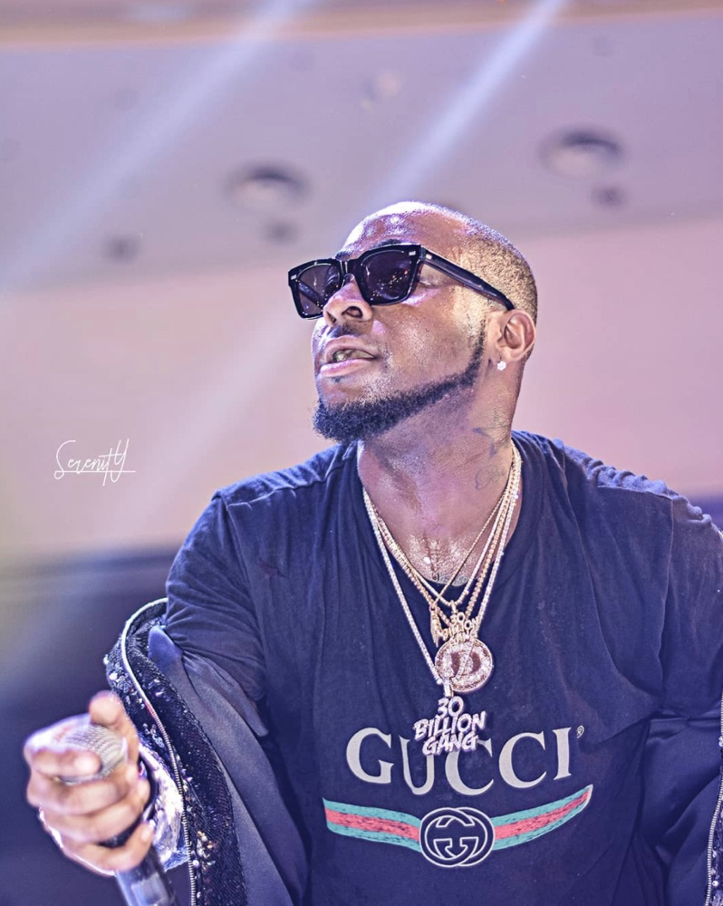 6aad7f5c0e7 Issa Gucci Ting! Gucci Gang unites for Davido s 30 Billion Concert ...