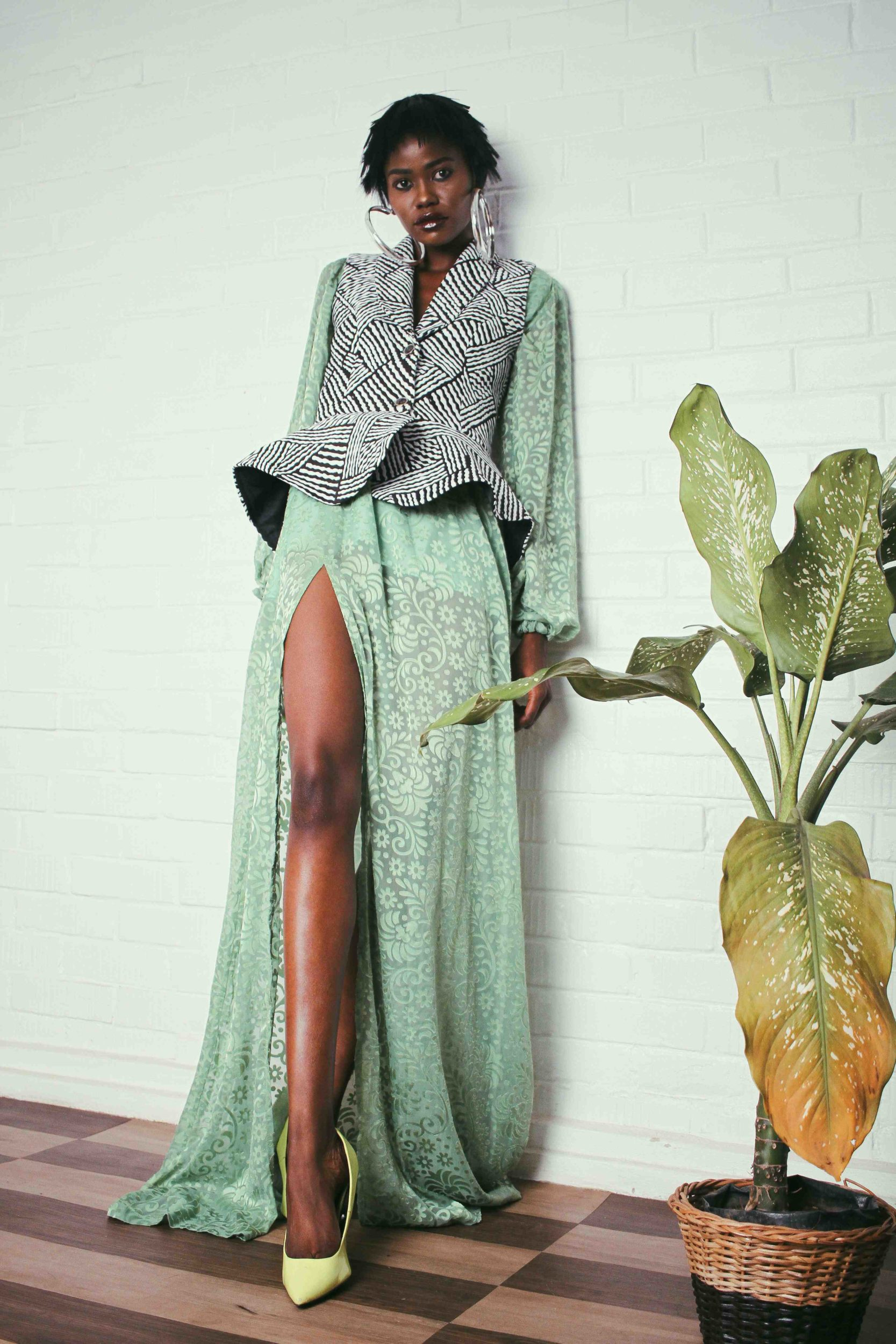 Fashion Girls Will Definitely Love Elpismegalio's Pre-Fall 2018 Collection
