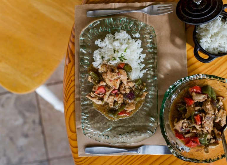 "A ""Fast, Filling and Fulfilling"" Chicken Stir Fry Recipe for The Weekend"