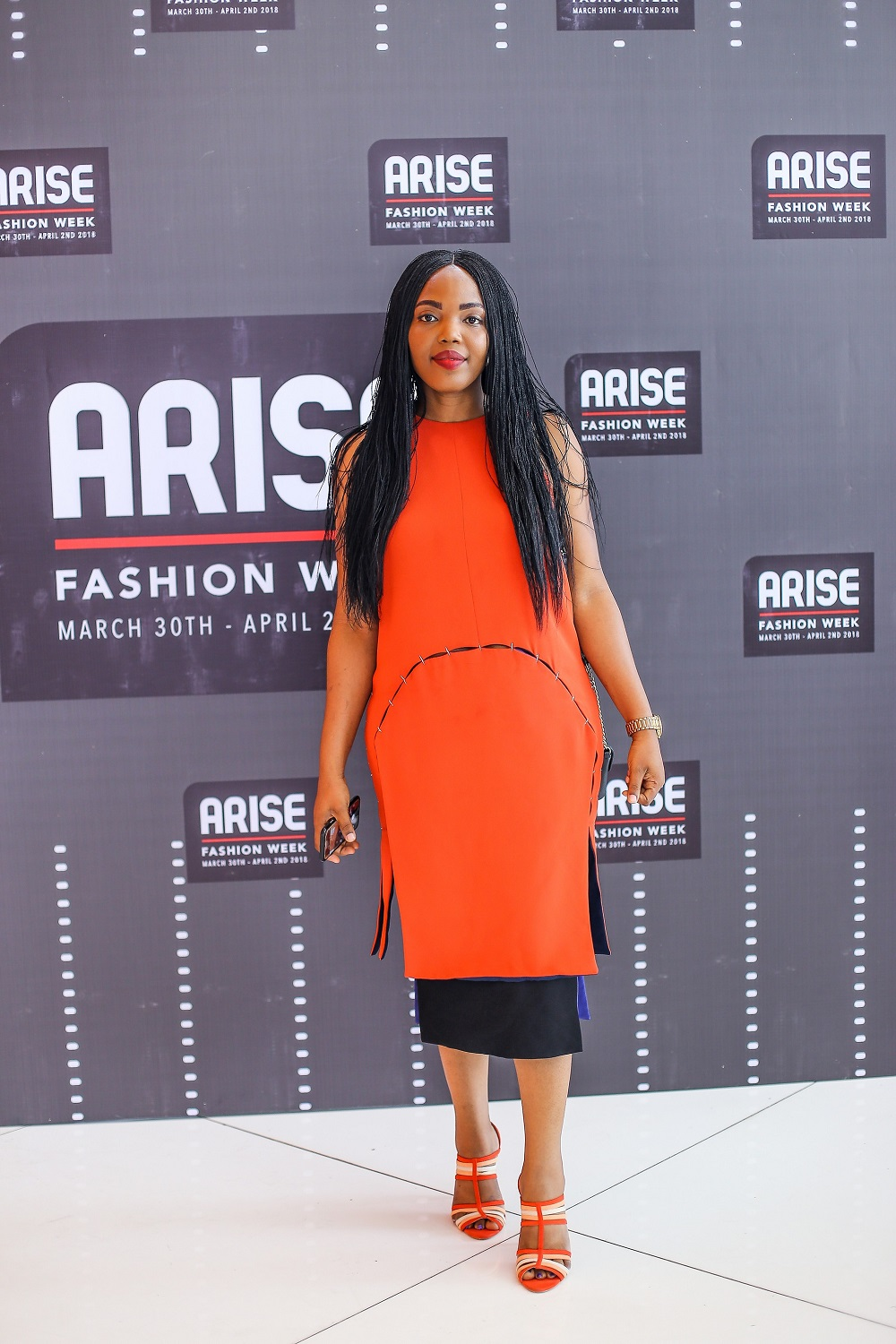 Fashion style Arise gallery magazine party for woman
