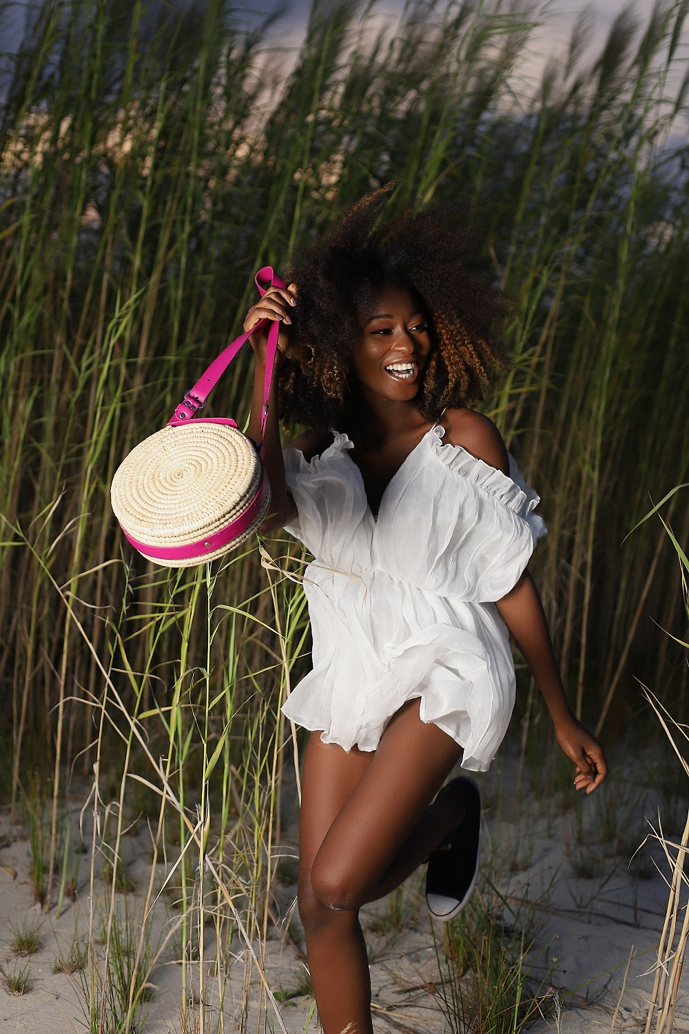 Mix Functionality and Summer Vibes, You Get This ÉKÉTÉ Bag Collection