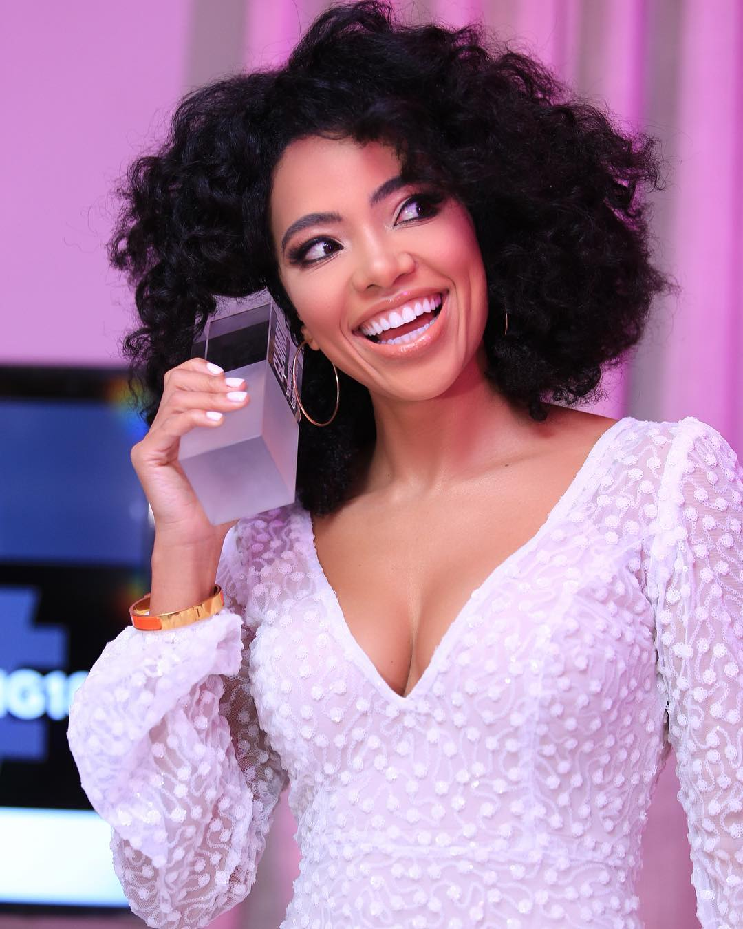 The Fashion Beauty Complex: Amanda Du Pont Has Answers To Your Questions About Buying