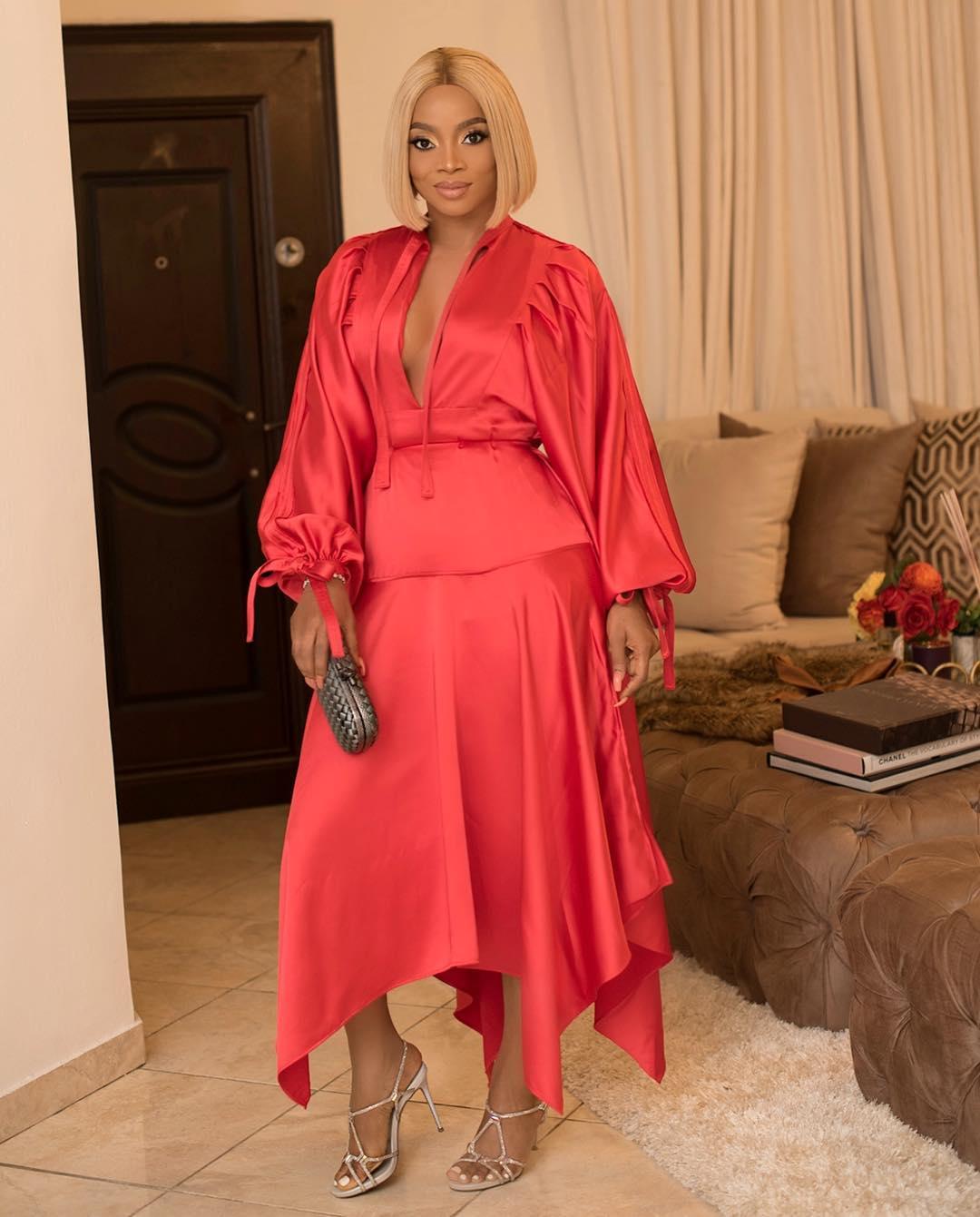 Toke Makinwa Brilliantly Styled a £355 Self-Portrait Dress
