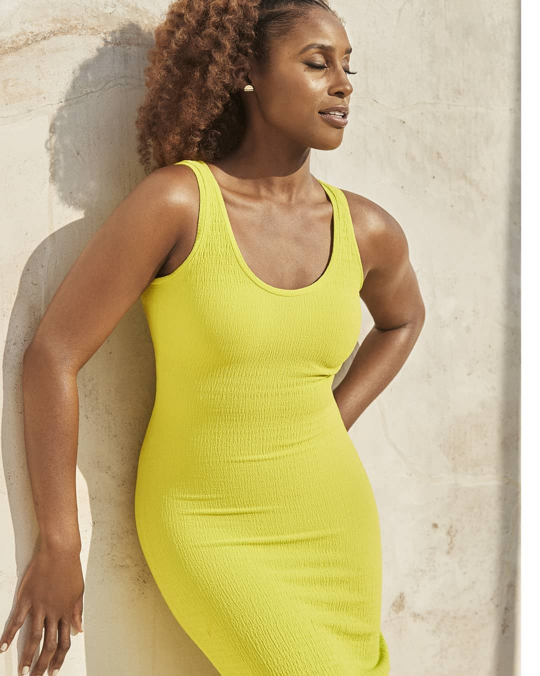 Issa Rae Is #BodyGoals As She CoversWomen's Health Magazine's New Issue!