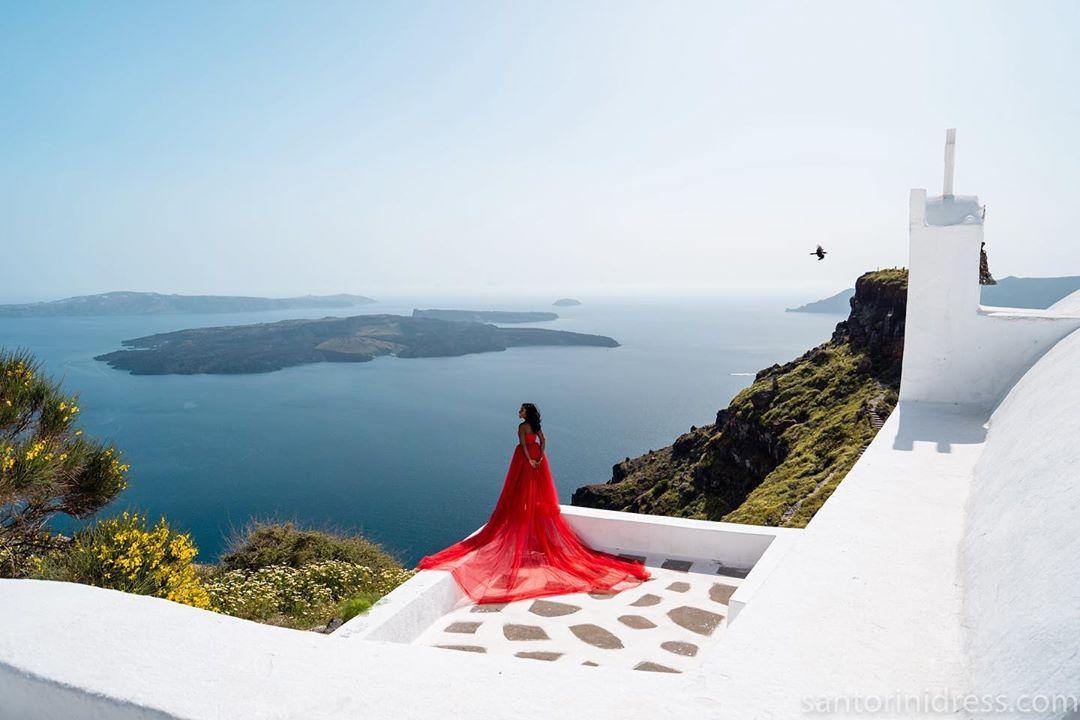 Eunice Omole's Birthday in Santorini was Literally Picture-Perfect. Cue the FOMO