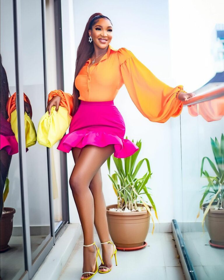 This Is How Idia Aisien Rocks The Colour Combo Youre
